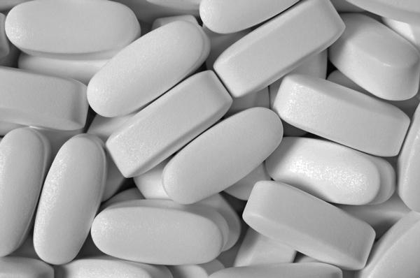 White-Pill-Pantone-Biała-tabletka