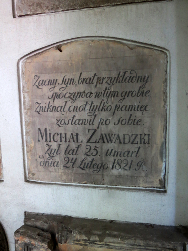 Michał-Zawadzki-poważki-typografia-katakumby