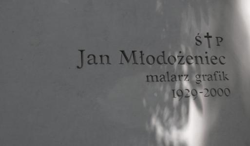 jan-młodożeniec-malarz-grafik-powązki-nagrobek