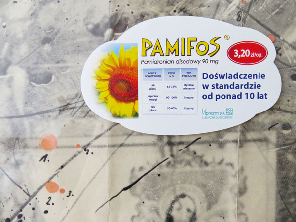Naklejka-elektrostatyczna-na-szybie-folia-biała-Pamifos